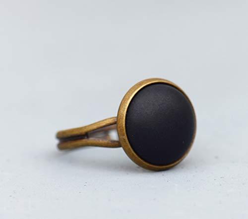 Basic Ring mit matt - schwarzen Schmuckstein ~ größenverstellbarer Ring