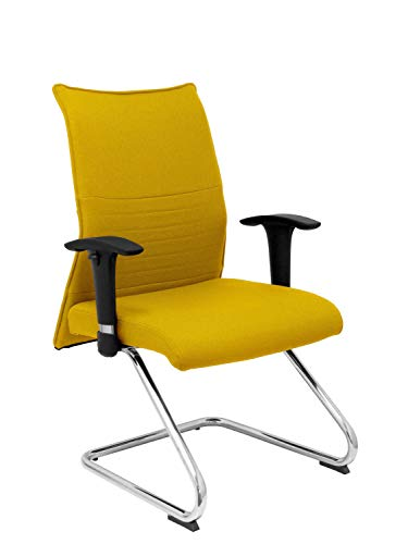 Silla de oficina amarilla con reposabrazos