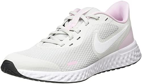 Nike Revolution 5 (GS), Zapatillas para Caminar, Photon Dust/White-Pink Foam, 36.5 EU