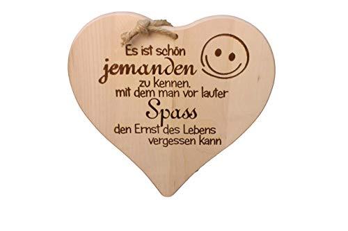 """DEKOFANT Schilder mit Sprüchen Holz Herz Form """" Es ist schön jemanden zu kennen, mit dem Man ."""" 24 x 24 x 1,5 cm Geschenk mit Spruch"""