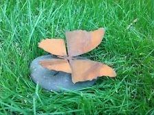 Garteninspiration Schmetterling auf Stein