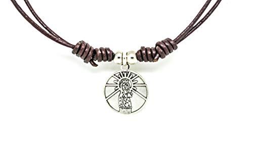 Kokomorocco Medalla Virgen del Pilar de Plata de Ley, cordón de Cuero marrón, en el Reverso inscrito plis cuídame Siempre, Collar Ajustable, Mujer o niña Regalos Originales