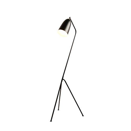 Pieds de lampes Rétro Industriel Fer Artisanat Lampadaire Créatif À Trois Pieds Simple Salon Réglage Lampadaire Noir Luminaires intérieur Pieds de lampes
