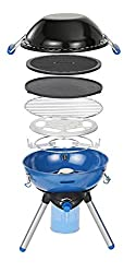 Multifunctional: This compact camping grill offers campers the choice between a pan support, grilling grid, reversible plancha/griddle with non-stick coating and a large lid which doubles as a wok High Performance: The fully adjustable 2000 W BBQ is ...