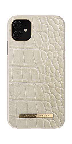 IDEAL OF SWEDEN Atelier-Handyhülle für iPhone 11/XR, texturierte Lederhülle aus veganem Kunstleder für iPhone 11/XR (Innenfutter aus Mikrofaser, Qi-Ladegerät kompatibel) (Caramel Croco)