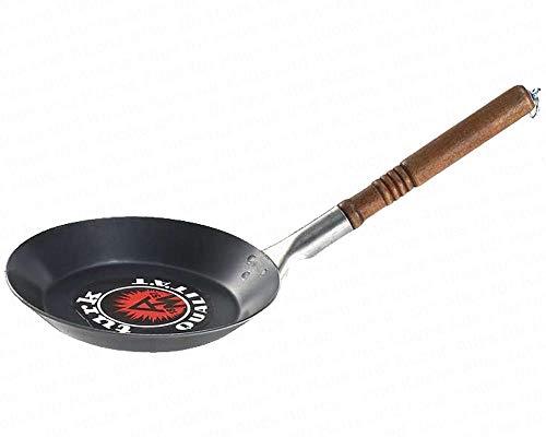 Turk Bratpfanne, leichte flache Eisenpfanne, Rand Ø 24 cm, Boden Ø 19 cm, Randhöhe 3 cm, lackierter Holzgriff mit Beschlag