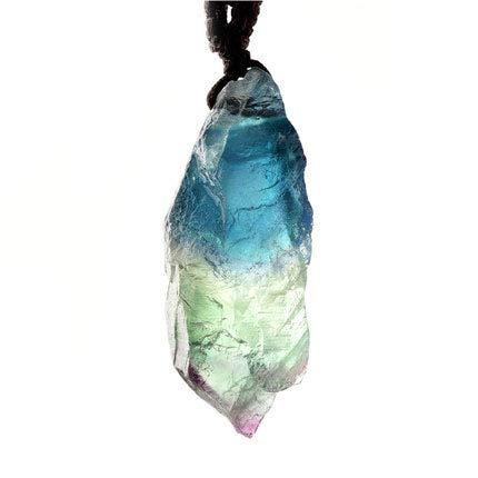 ZHIBO - Colgante de piedra preciosa natural de la mina vieja de cristal azul con flúor azul