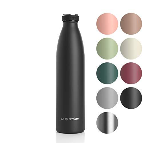 LARS NYSØM Edelstahl 1 Liter Trinkflasche | BPA-freie Isolierflasche 1000ml | Auslaufsichere Wasserflasche für Sport, Fahrrad, Hund, Baby, Kinder (1000ml, Onyx Black)