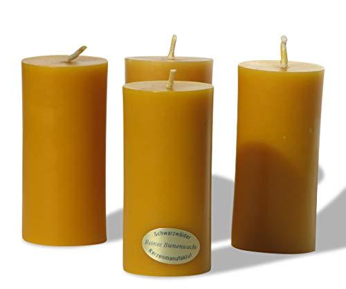 4 schlanke Stumpen Kerzen. BIENENWACHSKERZEN aus reinem Imkerwachs - Kerzen aus der Schwarzwälder Kerzenmanufaktur. Zertifiziert nach dem Europäischen Arzneibuch. Höhe 9,5 cm, Durchmesser 4 cm.
