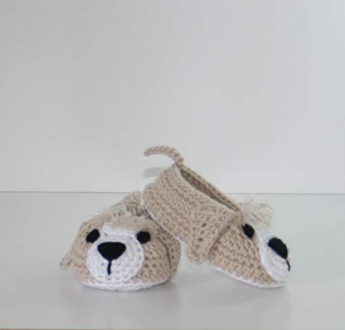 Zapatitos bebé animalitos hechos a mano en ganchillo con hilo de algodón y personalizadas con el nombre bordado en la suela.