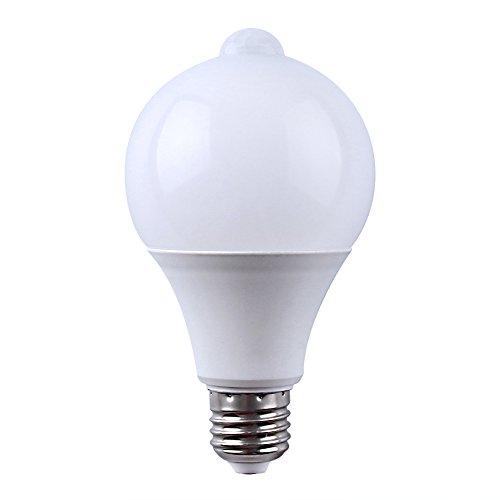 Lampe LED infrarouge passif (PIR) E27 Détecteur de mouvement avec éclairage extérieur intégré et capteur crépusculaire 9W 810LM Blanc naturel 4000 K.