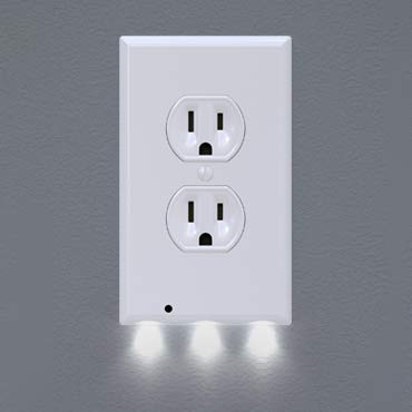 SnapPower Guidelight - Outlet Wall Plate With LED Night Lights