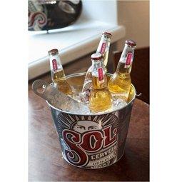 Cubo de hielo de la cerveza Sol