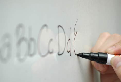 KaRoFoilFIX© PVC-frei Selbstklebende Magnetische Whiteboard Folie | Weißwandtafel | Whiteboard | Schreibtafel | Folie | Wandfolie | Multifunktionstafelfolie | Farbe: Weiß, Größe:150x100 cm