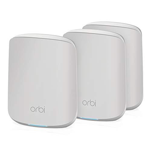 NETGEAR Orbi RBK353 - Sistema Mesh WiFi 6 de Doble Banda, Velocidades de hasta 1.8 Gbps, Incluye Router y 2 Satélites. Cubre Hasta 6+ Dormitorios y 300 m²