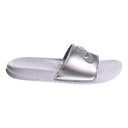 Nike Women's Benassi Just Do It Sandal, White/Wolf Grey/Metallic Silver, 10