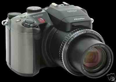 FUJIFILM Finepix S602 Zoom Digitalkamera