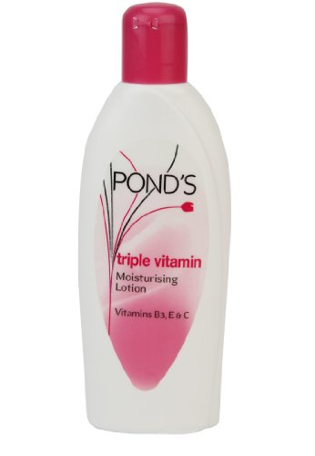Ponds Ponds Triple Vitamin Moisturising Lotion, 300ml by Hul