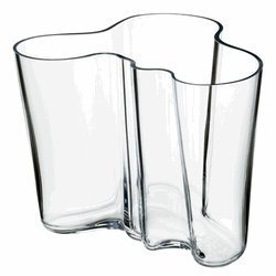 Iittala Aalto 6-1/4-Inch Glass Vase by Iittala