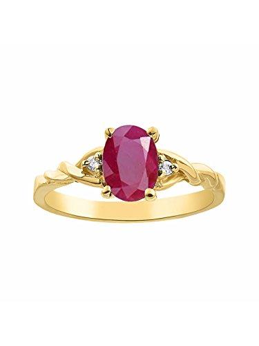 Juego de anillos de diamante y rubí en oro amarillo de 14 quilates