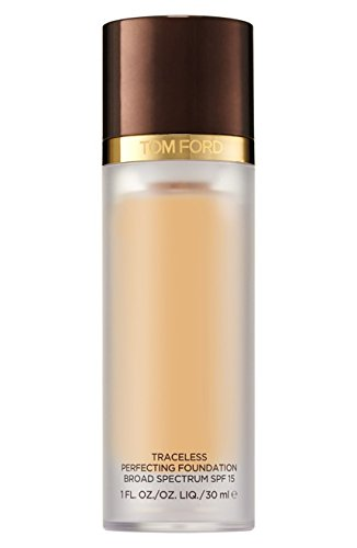 TOM FORD TRACELESS PERFECTING FOUNDATION SPF15 BUFF