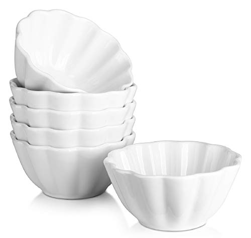 DOWAN Flower-Shaped Porcelain 4 Oz Ramekins - Oven Safe Ramekins for Baking Souffle, Creme Brulee, Flower Shape Small Bowls, Dipping Sauces, Set of 6, White