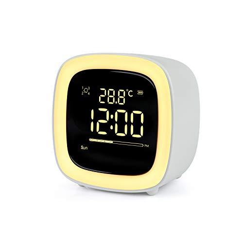 Wecker Digitaler Kinder,Niedliches Nachtlicht Lichtwecker Design mit Countdown/Snooze/Timer Licht/4 Alarme/Stimmenkontrolle/Aufladbarer Wecker für Kinder,Schreibtisch Wohnzimmer Küchenuhr(Grau)
