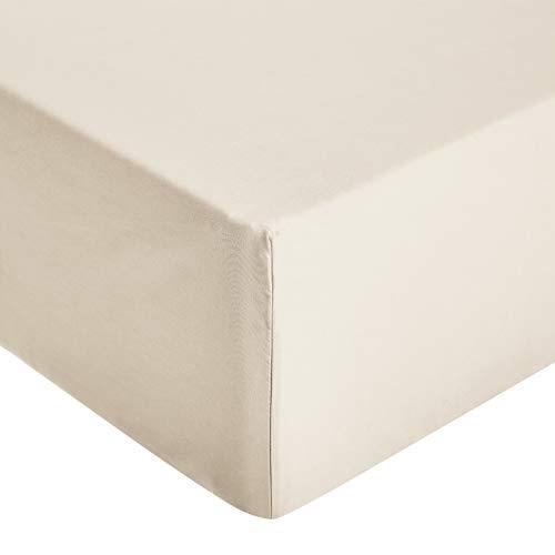 Amazon Basics - Sábana ajustable de microfibra premium (135 x 190 cm), beige