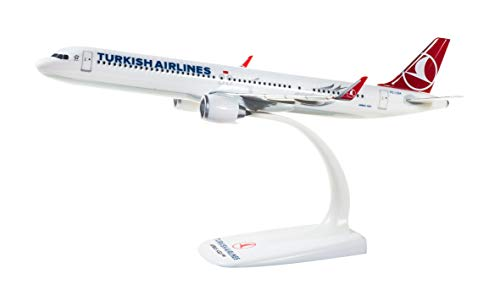 herpa 612210 – Airbus A321neo, Turkish Airlines, Wings, Modell Flugzeug mit Standfuß, Flieger, Modellbau, Miniaturmodelle, Sammlerstück, Kunststoff, Snap Fit - Maßstab 1:200