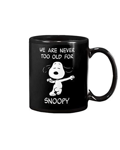N\A Wir sind nie zu alt für Snoopy Schwarze Tasse Einzigartige Keramik Kaffee Tee Kakao Tasse Große Büro & Home Teetasse Geschenk für Kaffee & Tee Liebhaber Coole Geburtstag Valentinstag Beste S