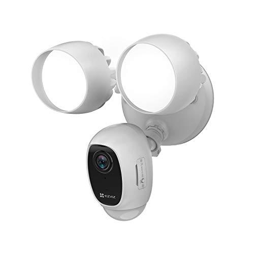 EZVIZ LC1C Telecamera Wi-Fi di Sorveglianza con Luce per Esterno 1080p, Illuminazione Faretti LED 2000 Lumen, Sensore PIR, Audio Bidirezionale, Visione Notturna, Bianco