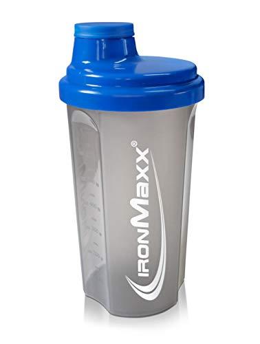IronMaxx Eiweiß Shaker mit Drehverschluss, Sieb und Mess-Skala – 700ml Fitness Shaker für klumpenfreie Shakes – Leicht zu reinigen – Protein Shaker in Blau/Grau