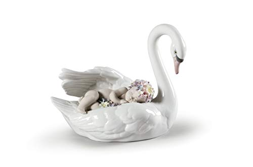 LLADRÓ Drifting Through Dreamland Swan Figurine. Porcelain Swan Figure.