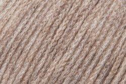 Katia Otoño/Invierno 2017. 25g Concept Gobi Lace–Color 104Corzo marrón–Baby Camel y Merino Extra Fine