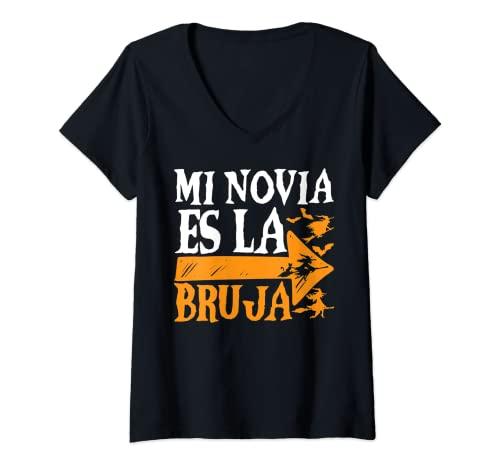 Mujer Mi Novia Es La Bruja Halloween Fiesta Horror Hombre Regalo Camiseta Cuello V
