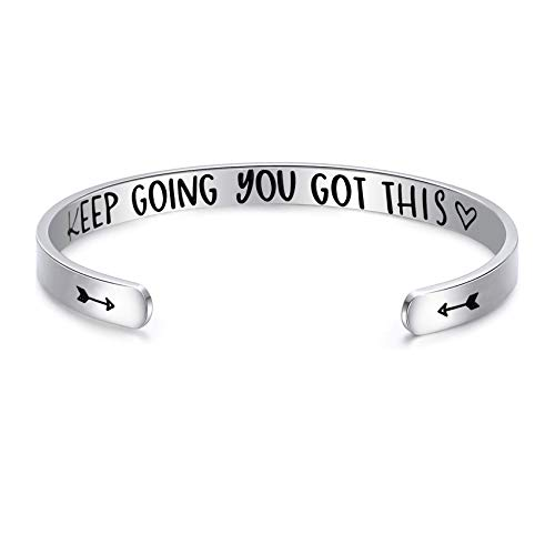 Pulseras inspiradoras para mujer, con cita de mantra, con frase «Keep Going You Got This Motivational Friend» para regalo de amistad M blanco