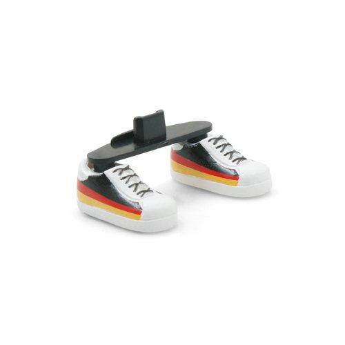 System-S Ständer Staubschutz Stecker Fussball-Schuh Design Deutschland für Smartphones mit Micro USB