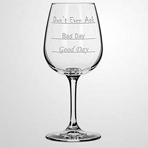 Weingläser mit Aufschrift