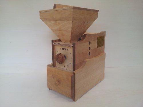 Getreidemühle WIDU Universalmühle Mod. III aus Birkenholz
