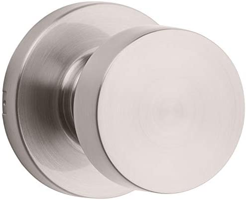 Low profile door knob
