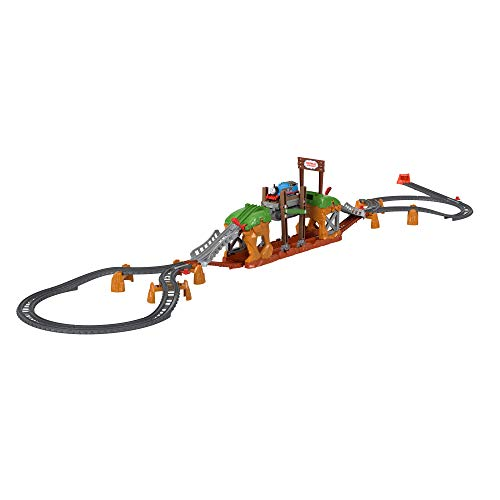 Thomas & Friends Walking Bridge train set, playset with motorized train for preschoolers ages 3 and older
