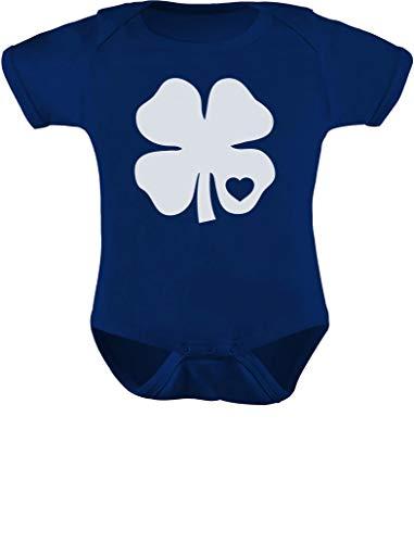 TeeStars – Body infantil de trevo branco com coração de trevo irlandês de São Patrício, Azul marino, 6 meses