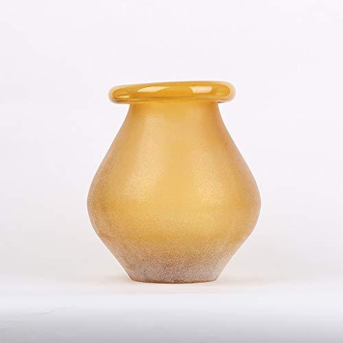 Eenvoudige vaas van melkglas, creatieve start voor op het bureau, plug