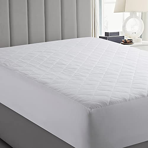 Yorkshire Bedding Single Mattress Protector 30 CM Extra Deep Anti Allergy Microfiber Quilted Mattress Cover (90 x 190 Cm)