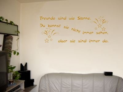 Wandtattoo / Wandaufkleber Zitat Freunde sind wie Sterne, …; Farbe Gold