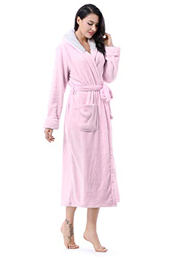 Tirrinia Dressing Gown Soft Plush Bathrobe Sherpa Lined Hooded Robe for Women Pink