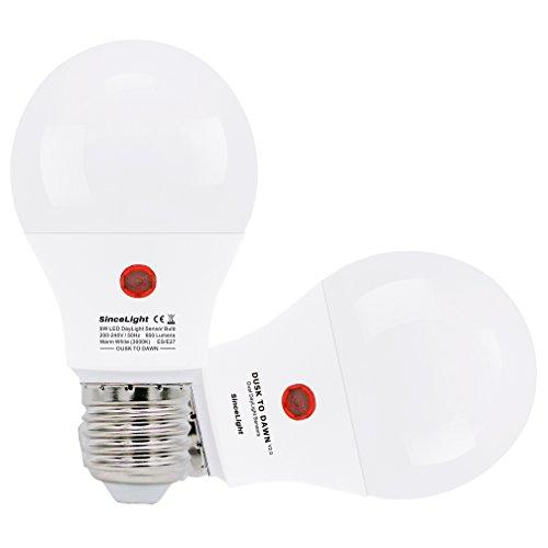 Bombillas LED con sensor crepuscular (sensor de luz solar) • 9 Vatios • Blanco Cálido 3000 Kelvin • Casquillo E27 • 850 lúmenes • Paquete de 2 Bombillas (Blanco Cálido (3000K), Casquillo E27)