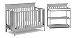 small Baby bed and diaper changing table Storkcraft – Windard's boxed baby furniture contains four parts.