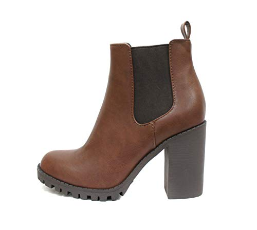Soda Glove - Ankle Boot w/Lug Sole Elastic Gore and Chunky Heel (8, Brown (PU))