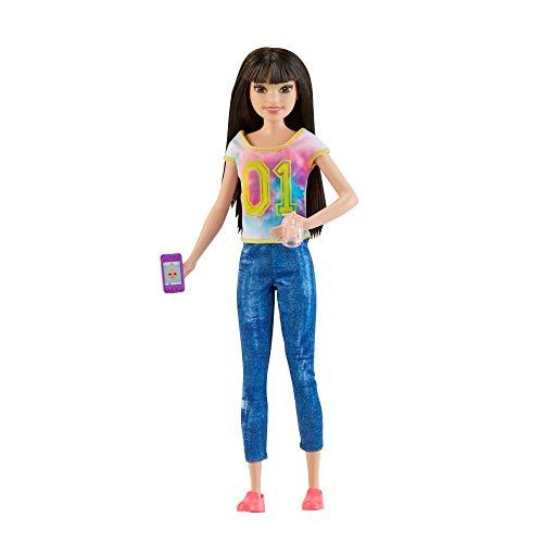 Barbie Skipper Babysitter con Gelato Una Bambola e 5 Accessori a Tema, FHY93